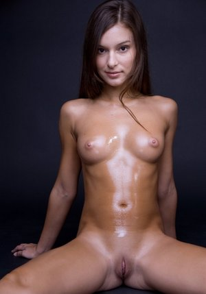 Shaved Oiled Pussy
